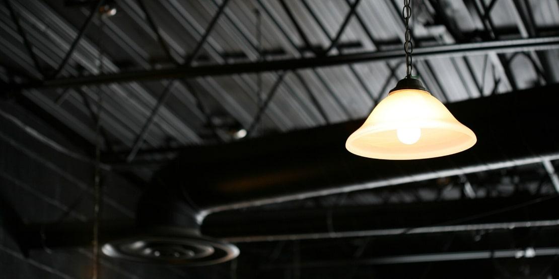 Como Iluminar Adequadamente o Seu Ambiente de Trabalho