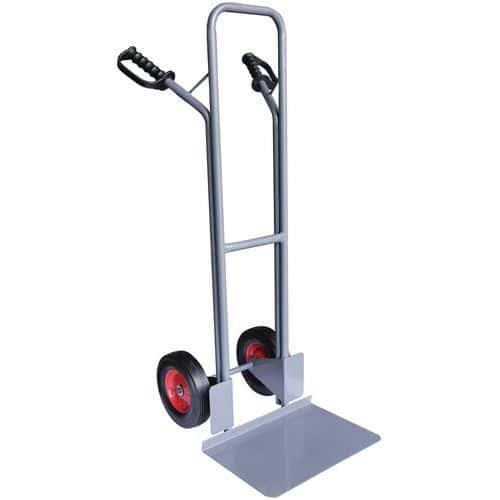 Porta-cargas em aço - Rodas em borracha - Aba fixa - Capacidade de 300 kg - Manutan