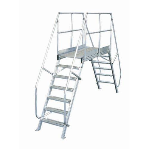 Escada móvel com inclinação de 45° - Largura 800 mm