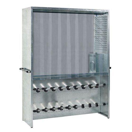 Cacifo com cabides secadores