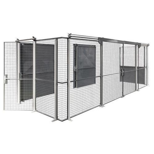 Porta gradeada para proteção da zona de armazenamento