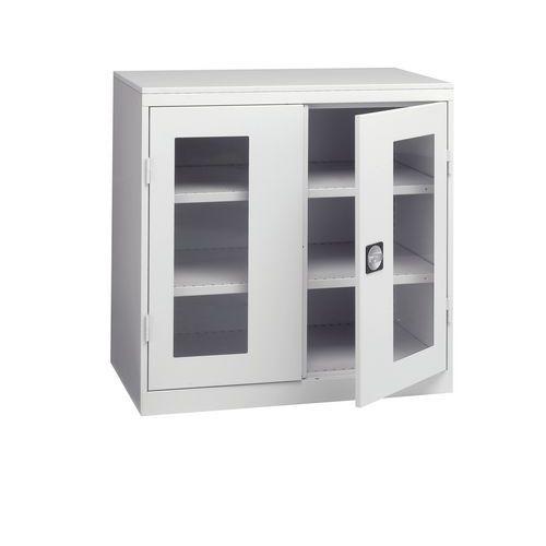 Armário de oficina com portas vidradas