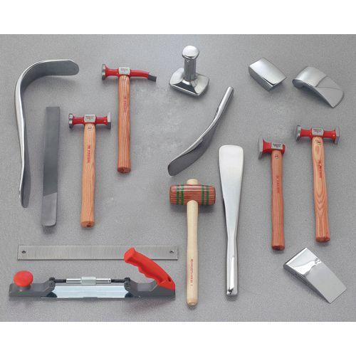 Selecção de 15 ferramentas de bate-chapas: o essencial dos profissionais
