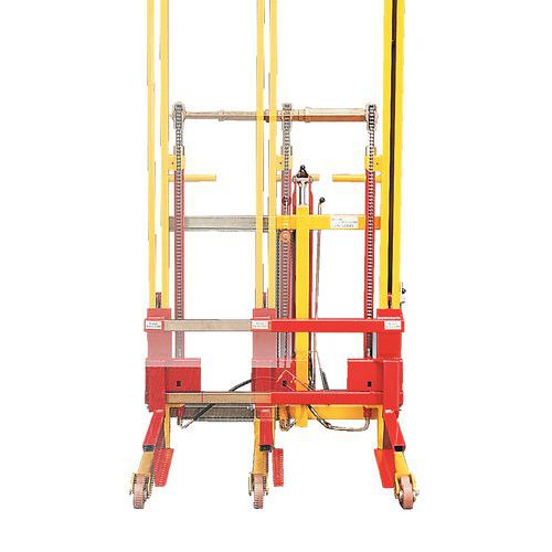 Empilhador elevador regulável em largura - Capacidade 600 kg