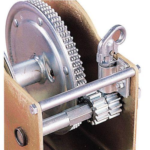 Guincho de reboque - Capacidade 470 a 2740 kg